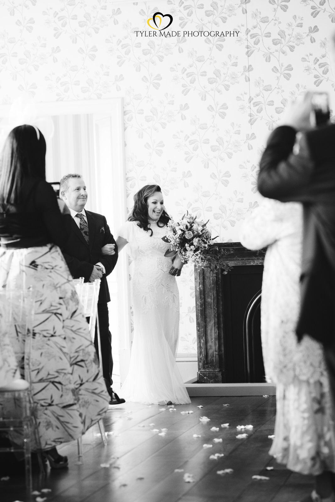 Bride entering the ceremony by Kent Wedding Photographer Tyler Made Photography Valentines Mansion & Gardens